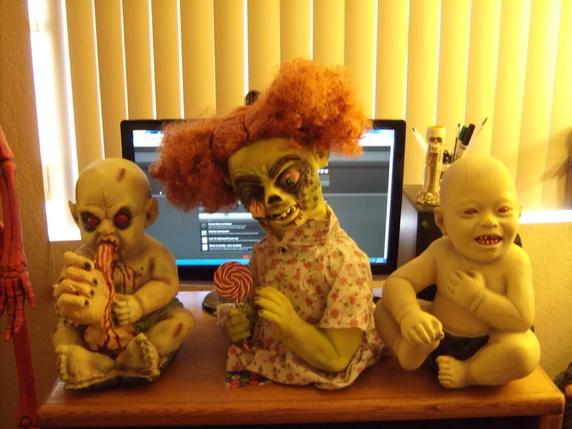 001jpg - Halloween Props For Sale