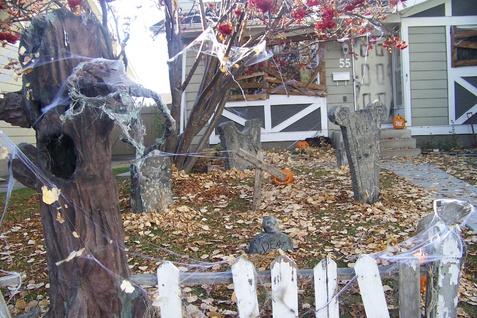 Your cemetery.-100_4048.jpg