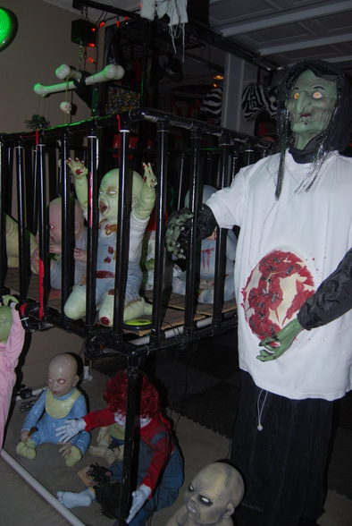 ... Halloween Decorations 154