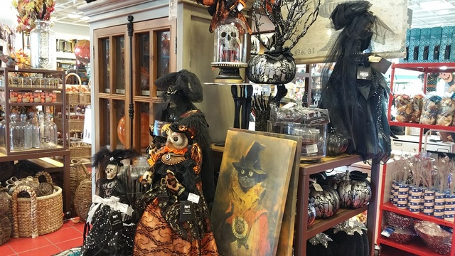20160803_182343jpg - Pier One Halloween