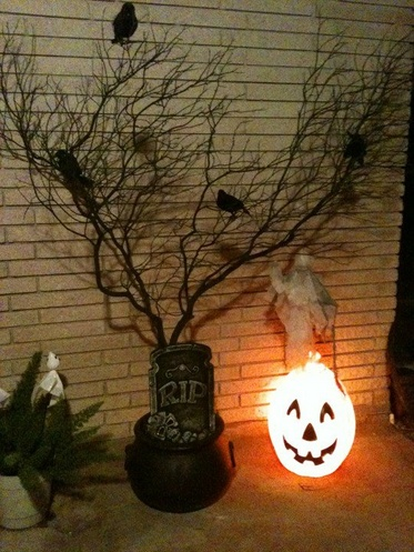 389728_312177408798732_100000194255276_1583569_1422908629_njpg - Halloween Tree Ornaments