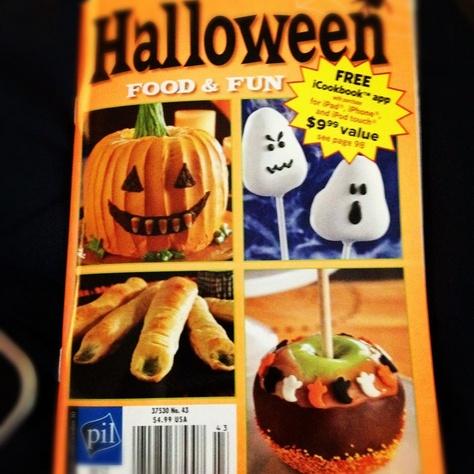 recipie book 2jpg 556991_510257278990374_321434984_njpg - Halloween Magazines