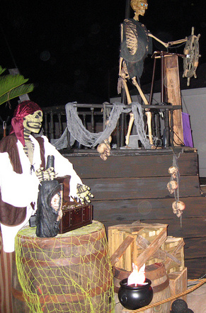 Prop Showcase Homemade Pirate Ship