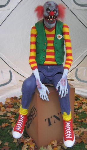 Electronic/Software: - chuckles the clown | Halloween Forum