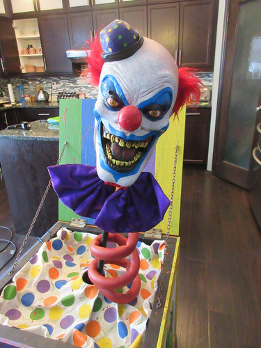 Prop Showcase Scary Clown Jack In The Box