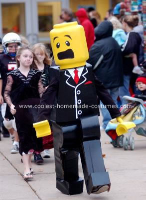 coolest-homemade-lego-man-halloween-costume-17-21302700.jpg  sc 1 st  Halloween Forum & Lego Man Costume