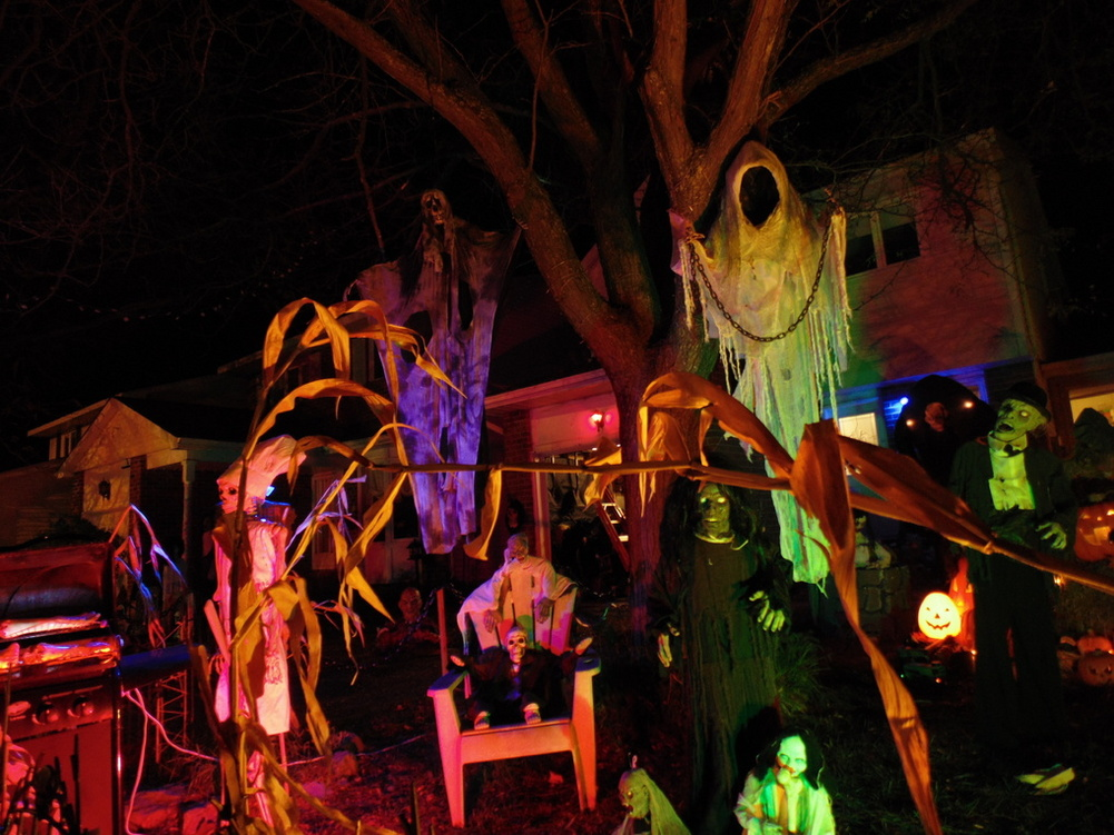 halloween outdoor lighting. Outdoor Halloween Lighting. Dsc00236.jpg Lighting T