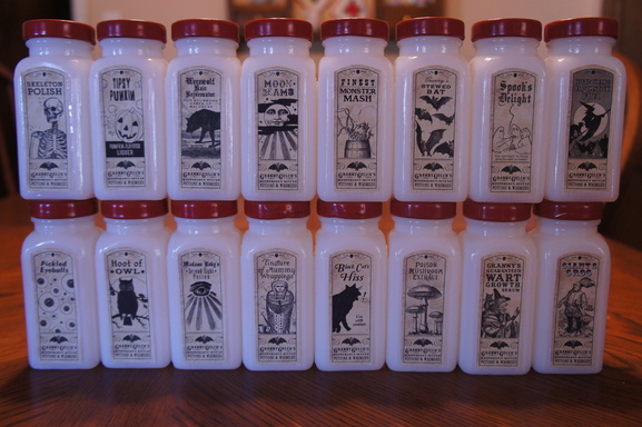 Static: - Witch's Spice Jars   Halloween Forum