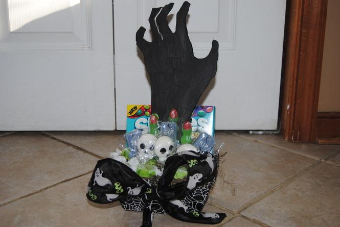 dsc_0311jpg - Halloween Contest Prizes