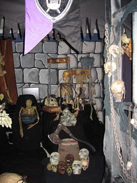 Halloween walls for haunted house-dungeon2.jpg