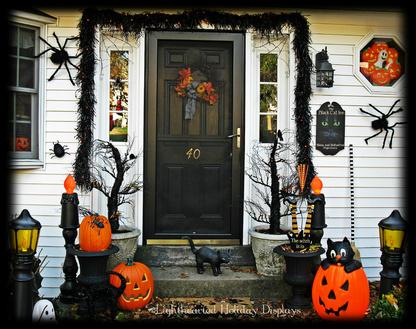 front doorjpg - Halloween Front Doors