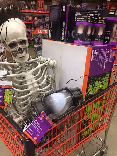 hd halloweenjpg - Menards Halloween Decorations