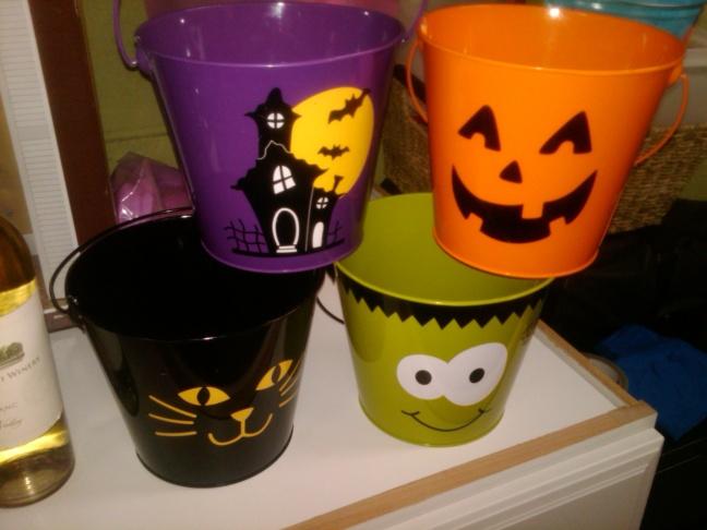 Successful Halloween Scavenger Hunt - At home-img00155-20101003-1921.jpg