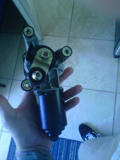 Wiper motor voltage-img01008-20120923-1443.jpg