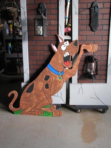 2D  plywood yard monsters-img_0106.jpg