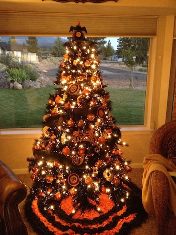 img_0113jpg - Halloween Tree Ornaments