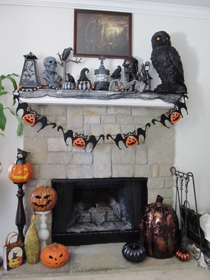 2012 Halloween Un-Offical Show Off Your Fireplace Mantel ...