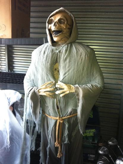 img_0548jpg - Halloween Props For Sale