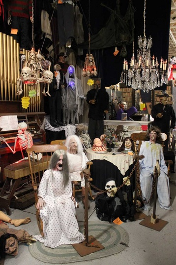 Halloween Costume World in Fitchburg, MA!