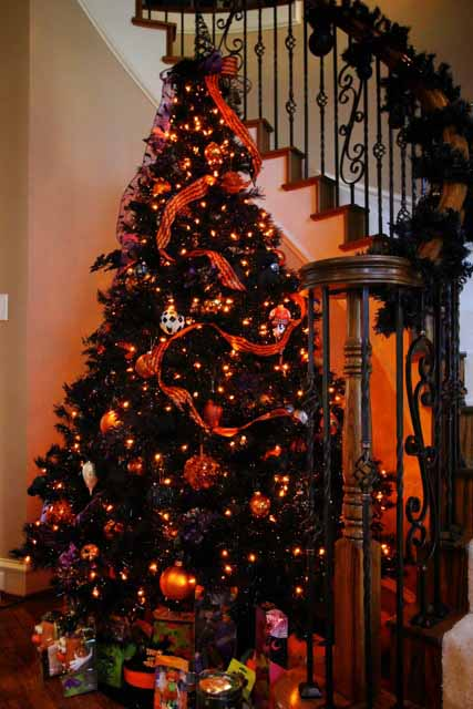 img_4803 version 4jpg - Black Halloween Tree