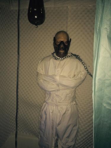 Black Tub Bathroom