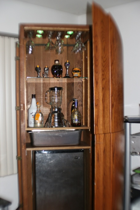 Woodcraft Our Haunted Casket Bar
