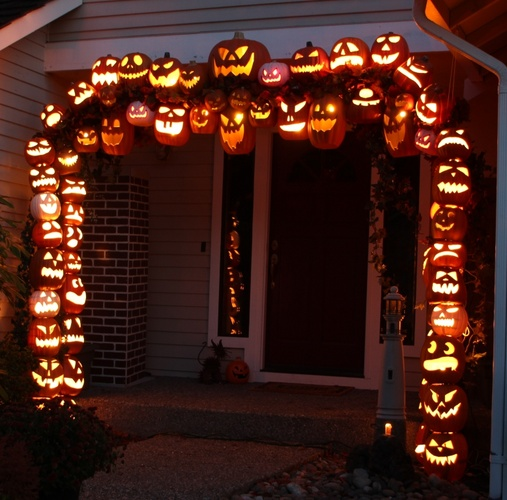 pumpkin Arch 31.jpg ...
