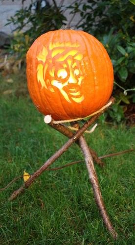 pumpkin tripod-pumpkintripod.jpg