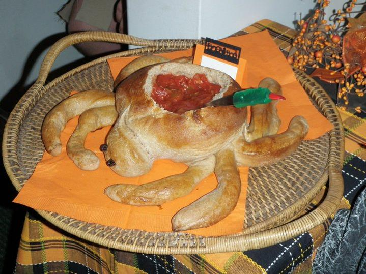 86463d1316024296-your-2011-menus-share-discuss-spider-bread-bowl.jpg
