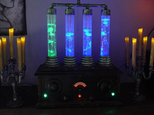 Prop Showcase Frankenstein Laboratory Bubbler Prop 2