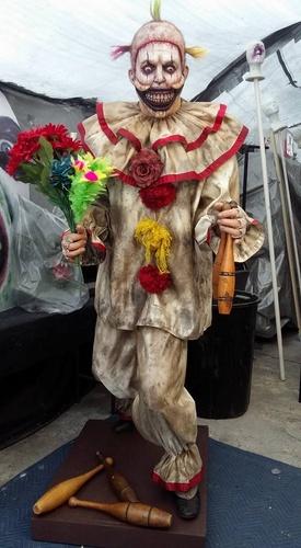 twisty the clown costume help