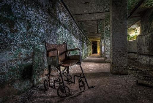 Haunted psychiatric hospital photos taken at an abandoned psychiatric