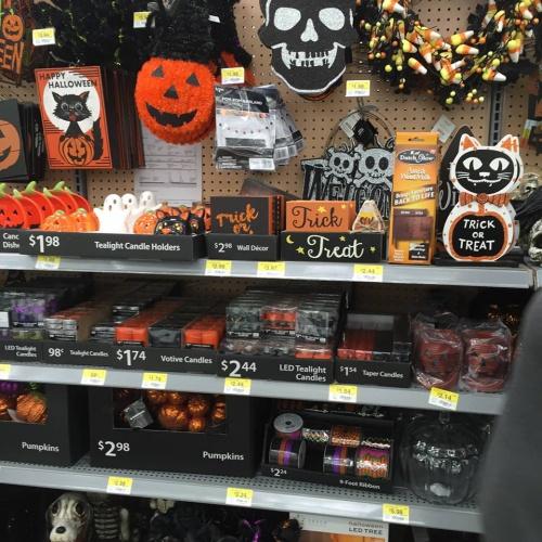 wm4jpg - Halloween Walmart