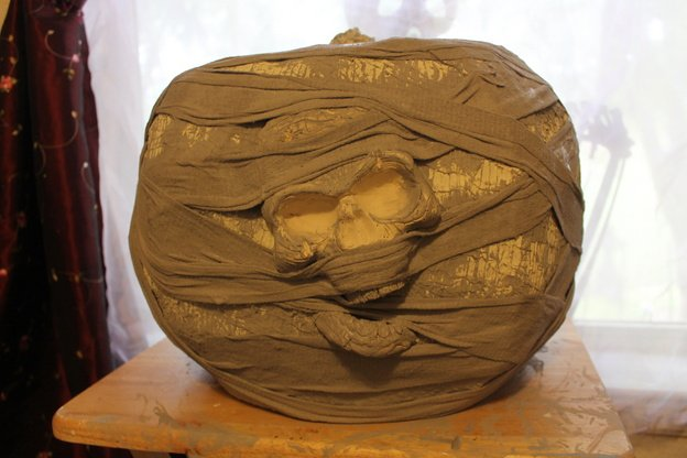 mummy pumpkin is progress