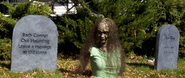 zombie girl in yard