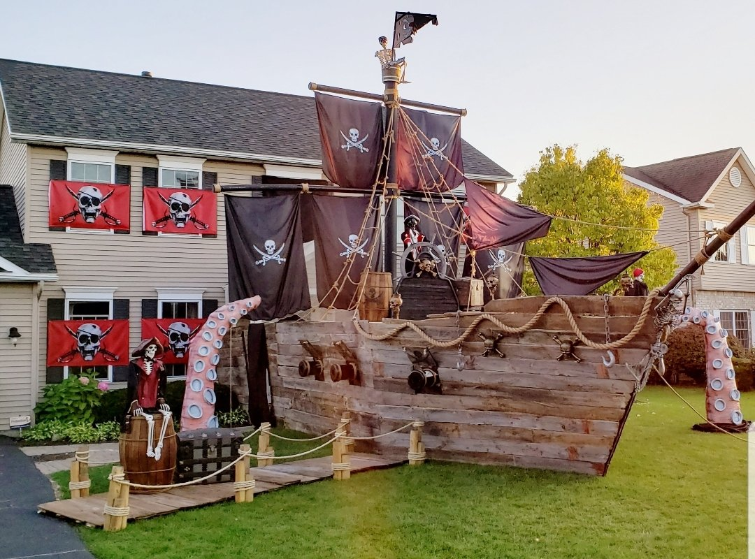 Pirate Ship House