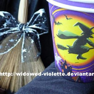 2 Witch Cups