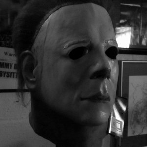 Trick or Treat Studios HII Myers Mask
