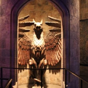 Harry Potter  Griffin door