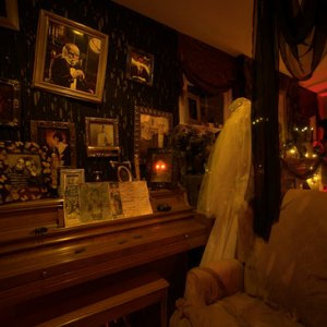 Haunted Picture Gallery