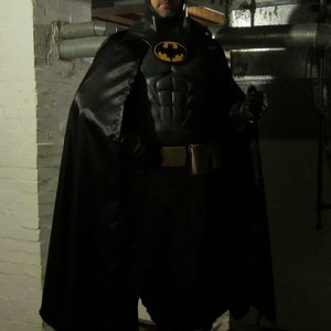 Haven't done a Batman suit in 5 years. Thought I'd throw one together using some old pieces.