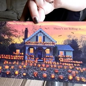 Beautiful card, I would love my house to look like this on Halloween!