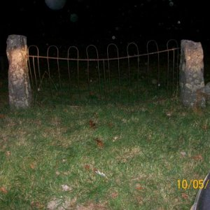 100 0567 real cemetery at night