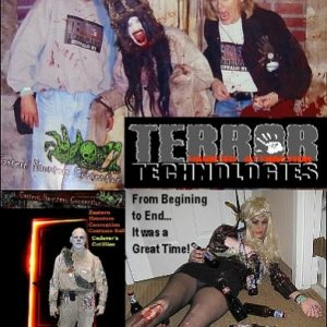 from begining to end it was a great time...  Greg from Terror Technologies & Becky from Miss Fortune / Scare Sisters Inc