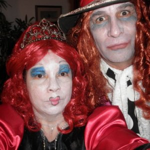 Al & Doreen as Queen of Hearts & Mad Hatter - 2010 costume contest winners!