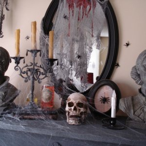Halloween2013 mantle