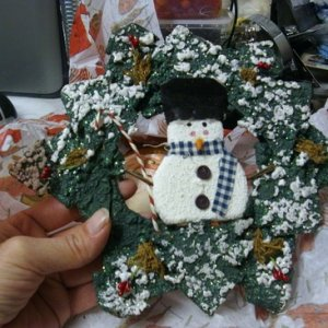 Snowman  wreath  (very cute)