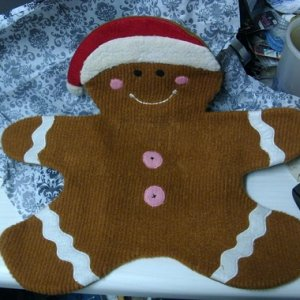 A gingerbread man, not sure what he's supposed to be used for but he sure is cute!