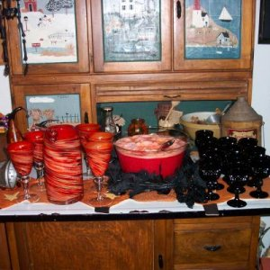 Halloween 07 Punch Bowl