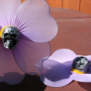 Scary Tales skull flowers